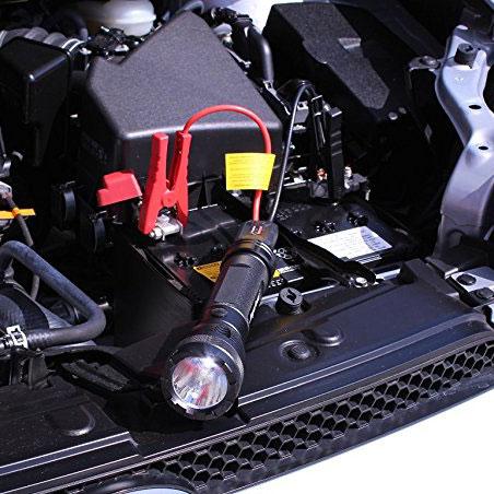 AMG5ST lommelykt med powerbank / nødstarter